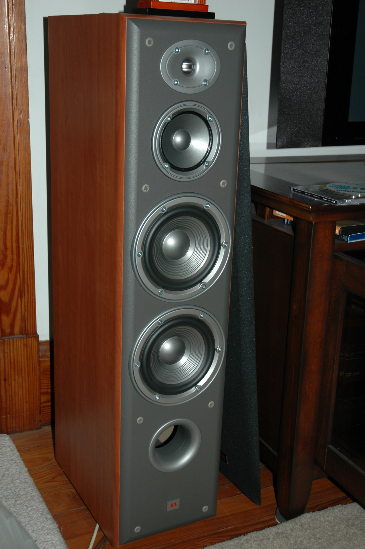 Fonkelnieuw Clemulus' Home Theater Gallery - Home Theater Photos (10 photos) WU-81
